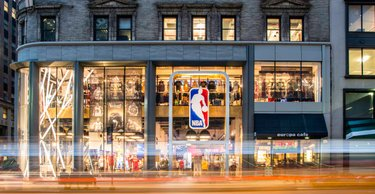 NBA Store a Milano c0725ebbab53